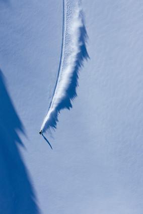Snowboard par drone