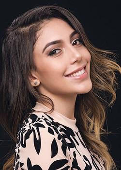 Laura Gil