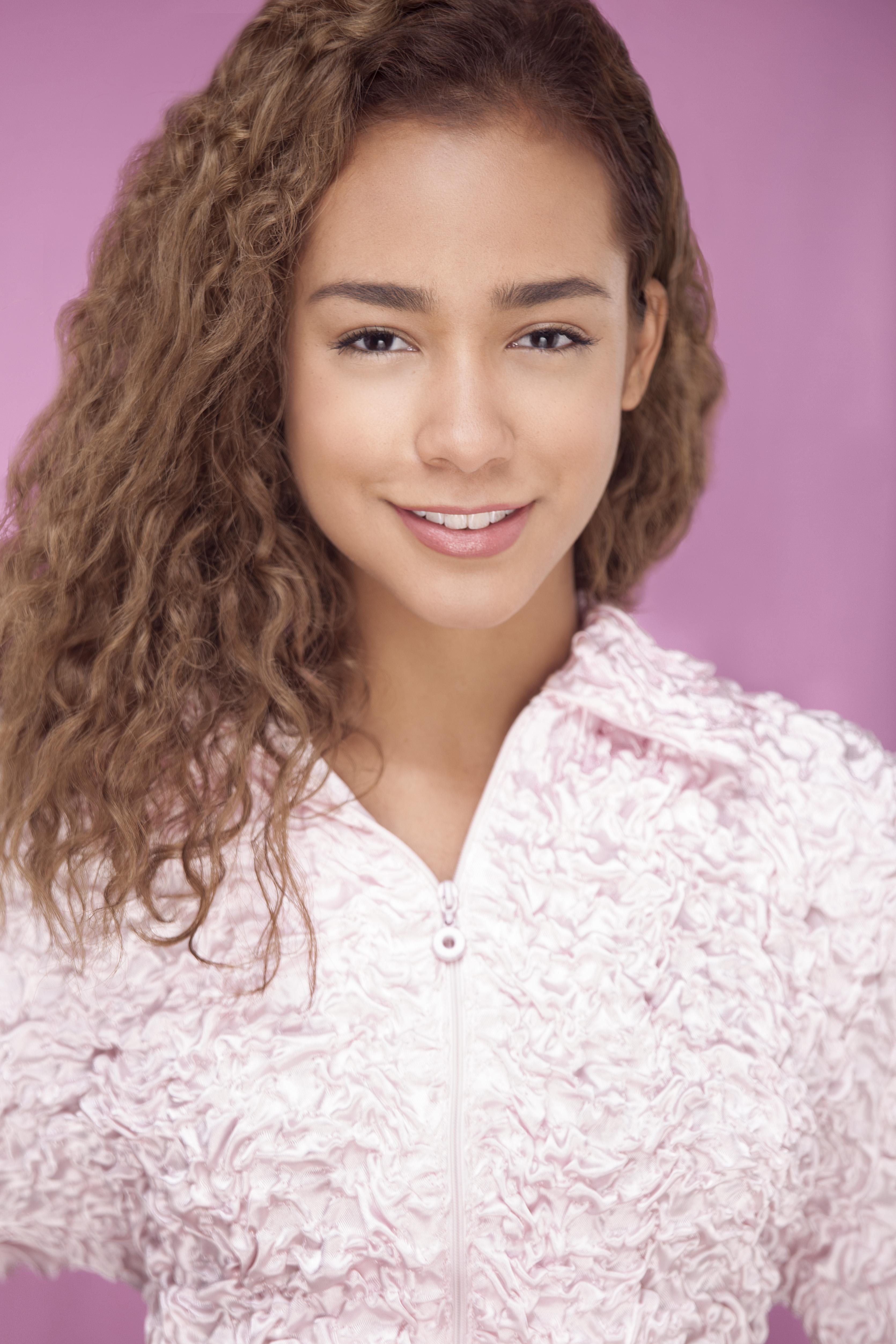 Andrea Vidal