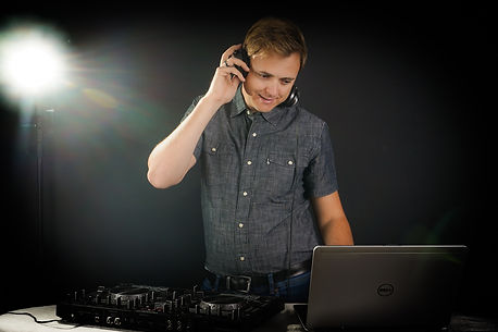 DJ Hochzeit-1-2.jpg