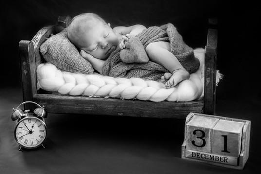 Newborn 121-1.jpg
