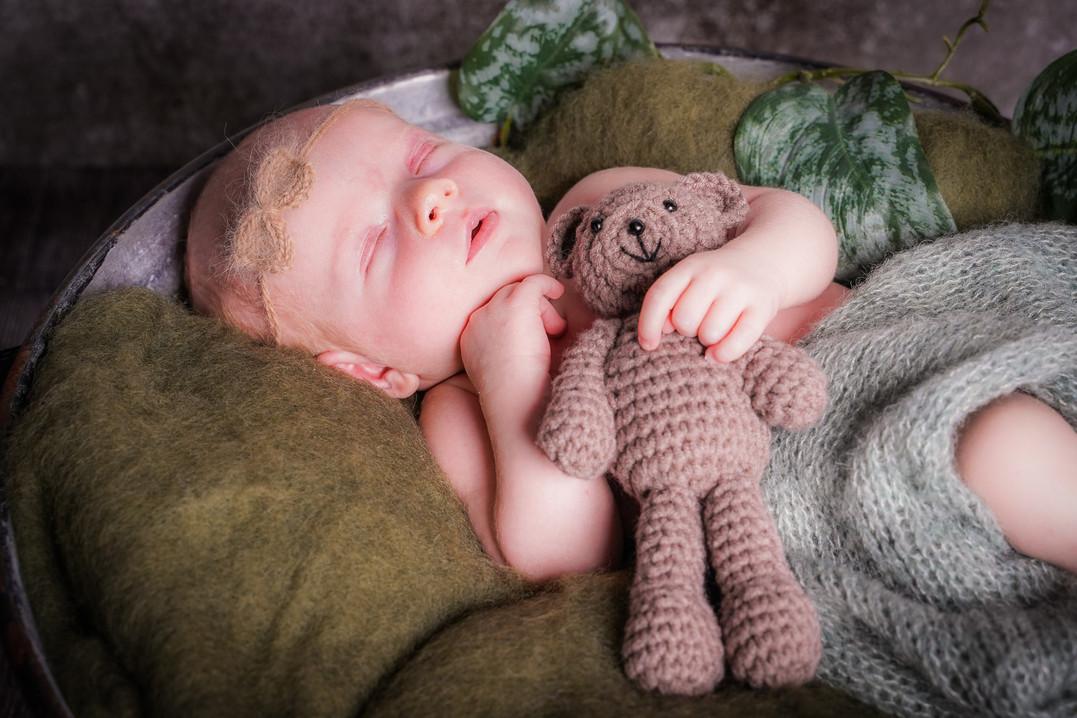 Newborn-2-3.jpg