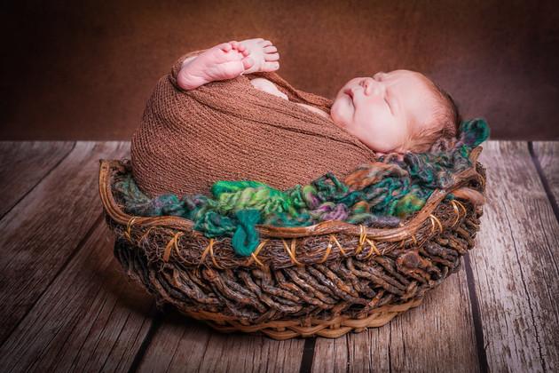 Newborn-6-2.jpg