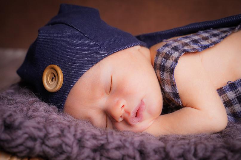 Newborn-2-4.jpg