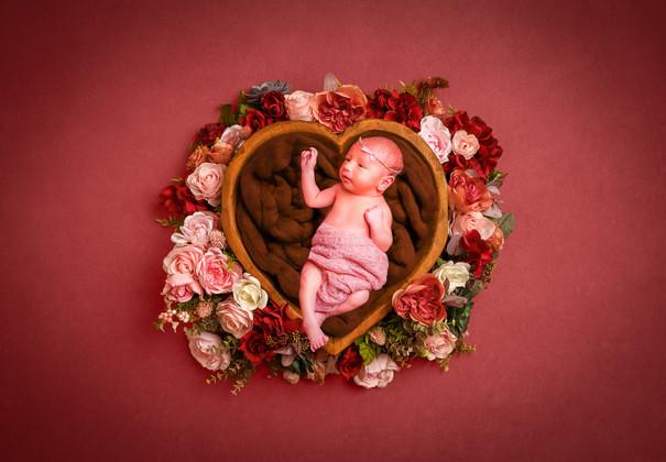 Newborn 12-2-3.jpg