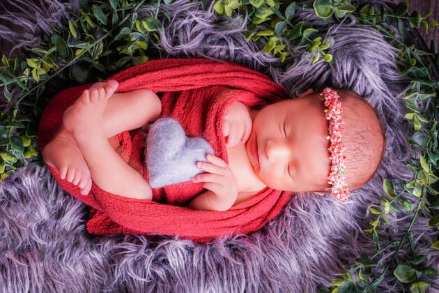 Newborn 12-2.jpg