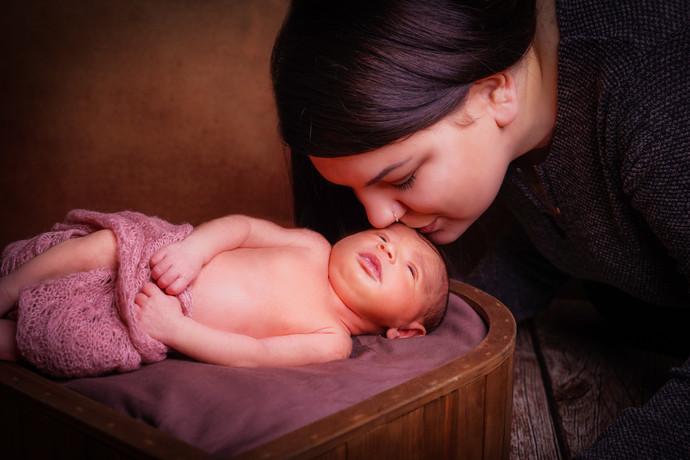 Newborn 12-1.jpg