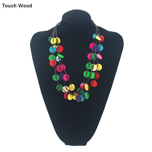 Coconut women necklace / Hand-made round wooden beads