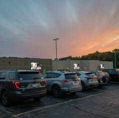 Cars and screens at dusk_2020-10-06(Cody