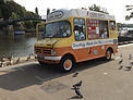 1600px-DSCF0633_Ice_cream_van,_Twickenha