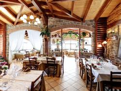 Restaurant2LR_1.jpg