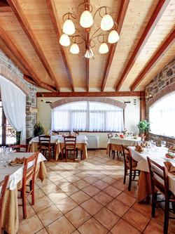 restaurant3_1.jpg