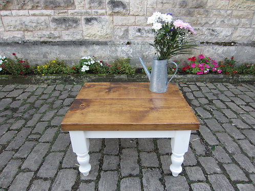 'THORESBY' Rustic coffee table