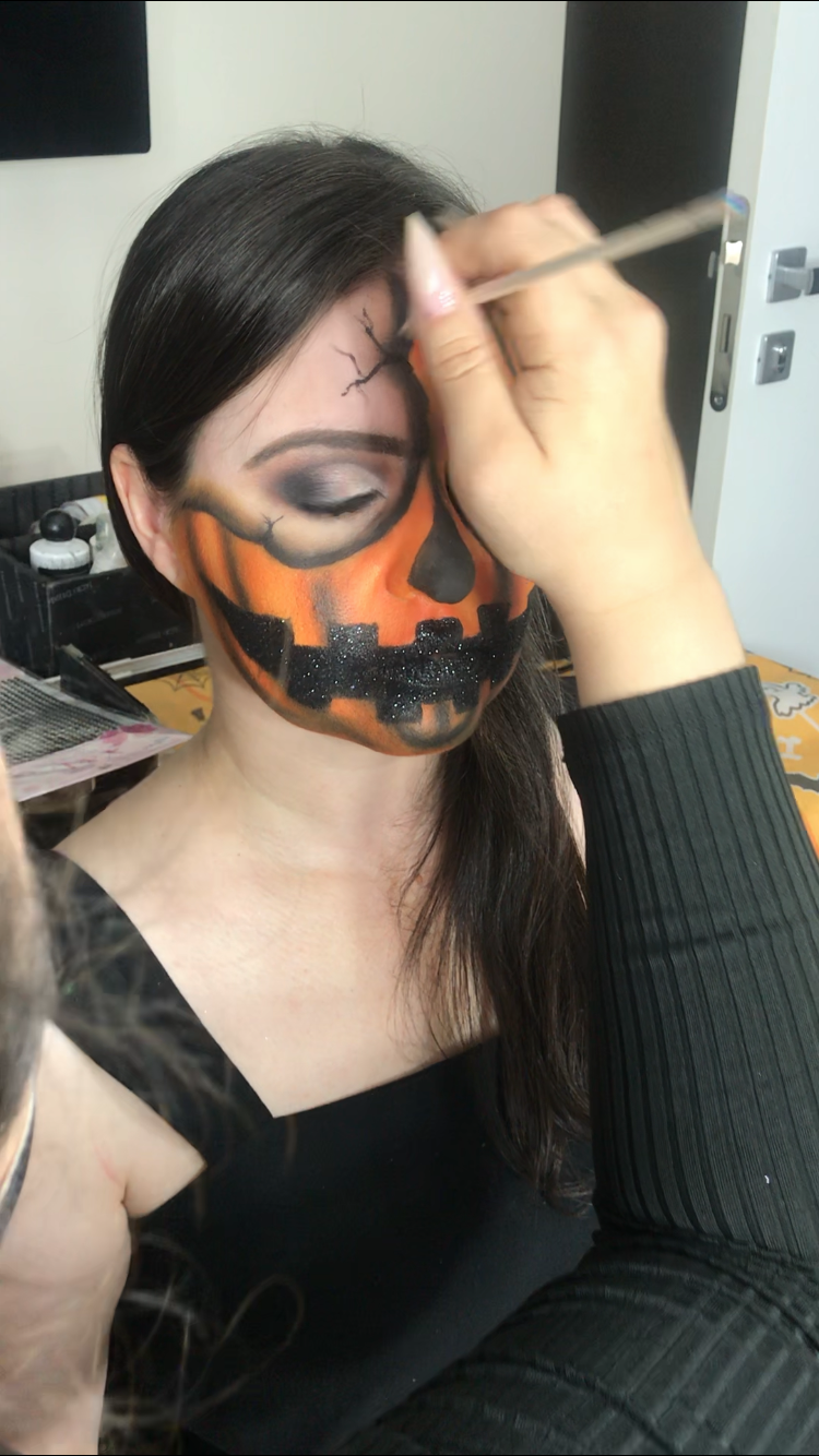 Maquiagem artística de Halloween. Espantalho Punk. Alessandra Campanha.