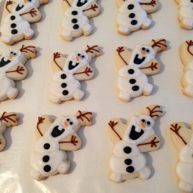 Frozen Themed Olaf Cookies