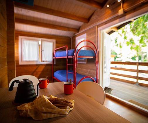 camping-altosavio-bungalow2.jpg