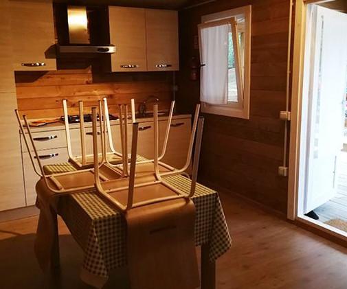 camping-altosavio-bungalow5.jpg