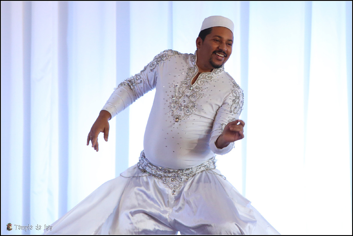 Oriente em Dança