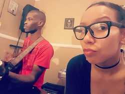 Recording session at the casa🎹♬🎤 #vibin #marriedduo #singers #artistofig_#acoustic #musiclovers #f