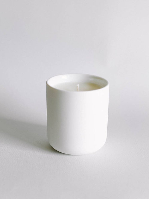 MOSS & AMBER CANDLE