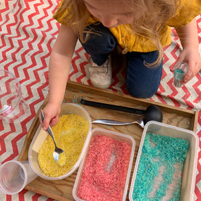 Riz coloré, une activité haute en couleurs !
