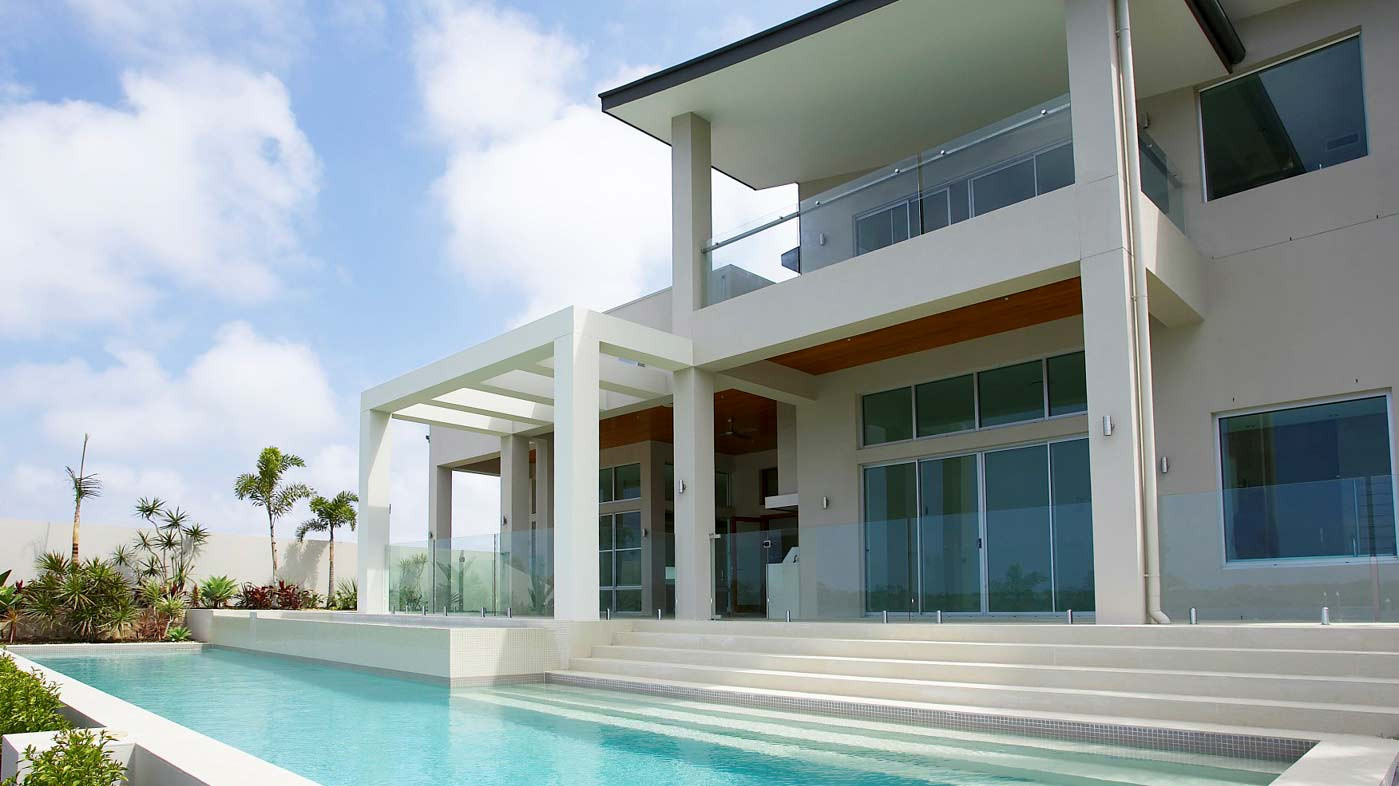 Frameless glass pool fence from euroglass\