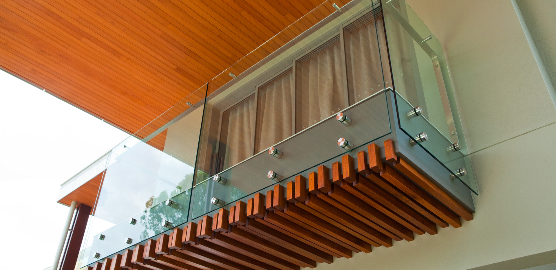 Custom pin fixed balustrade with offset handrail brisbane