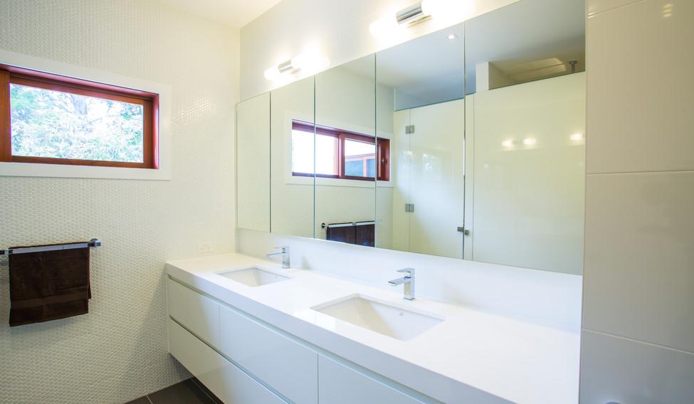 framless bathroom mirrors of cabinets brisbane