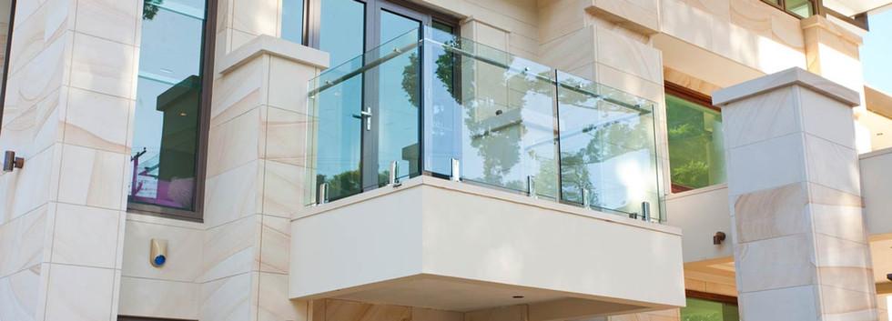 Spiggot balustrade with offset handrail brisbane