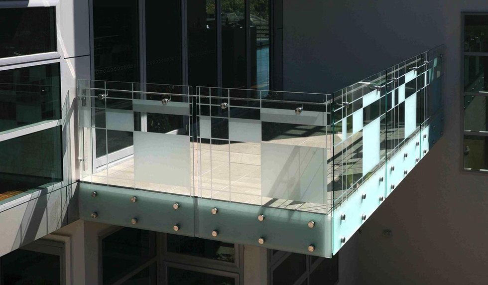 Patterned glass with pin fixed fascia