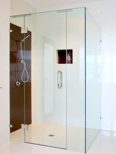 Framless Square showerscreen gold coast