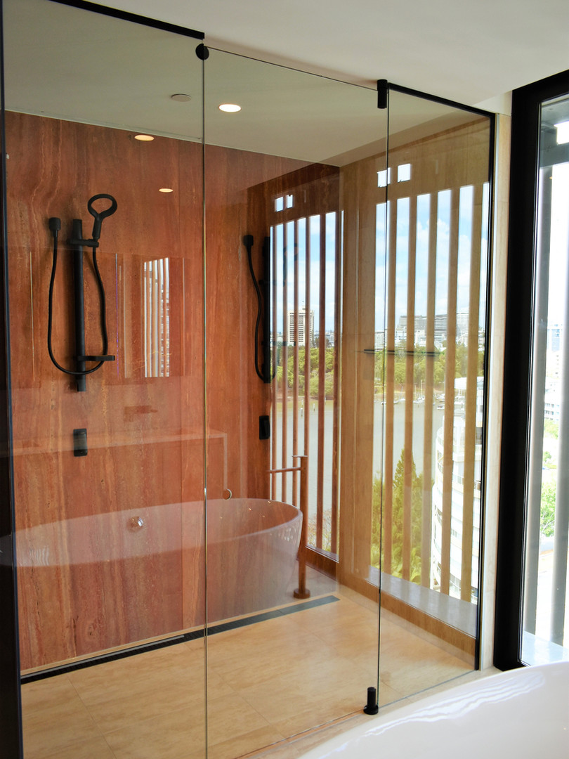 Custom framless shower wallan