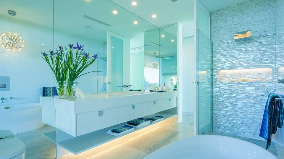 vainty mirror in bathroom brisbane