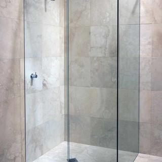 Frameless showers gallery