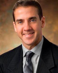 Dr. Ricardo Flores Hernández