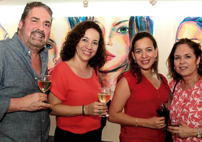 Julio Delgadillo, Norelly Vargas, Ana Valeria Vargas y Luisa Delgadillo