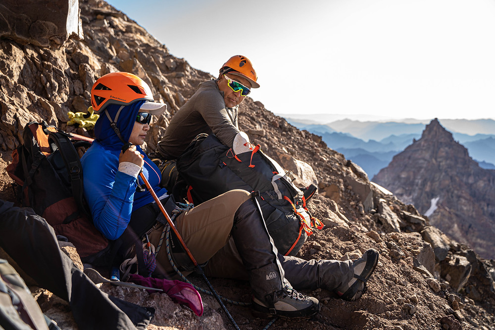 mountaineering rainier guide rest backpack epic landscape view