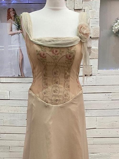 silk georgette antique embroidery wedding dress bridal gown