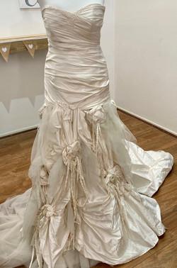 ivory strapless wedding dress with