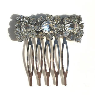 Vintage Bow Hair Comb