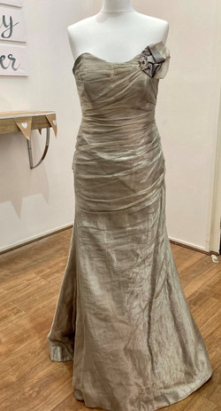 grey organza strapless wedding dres