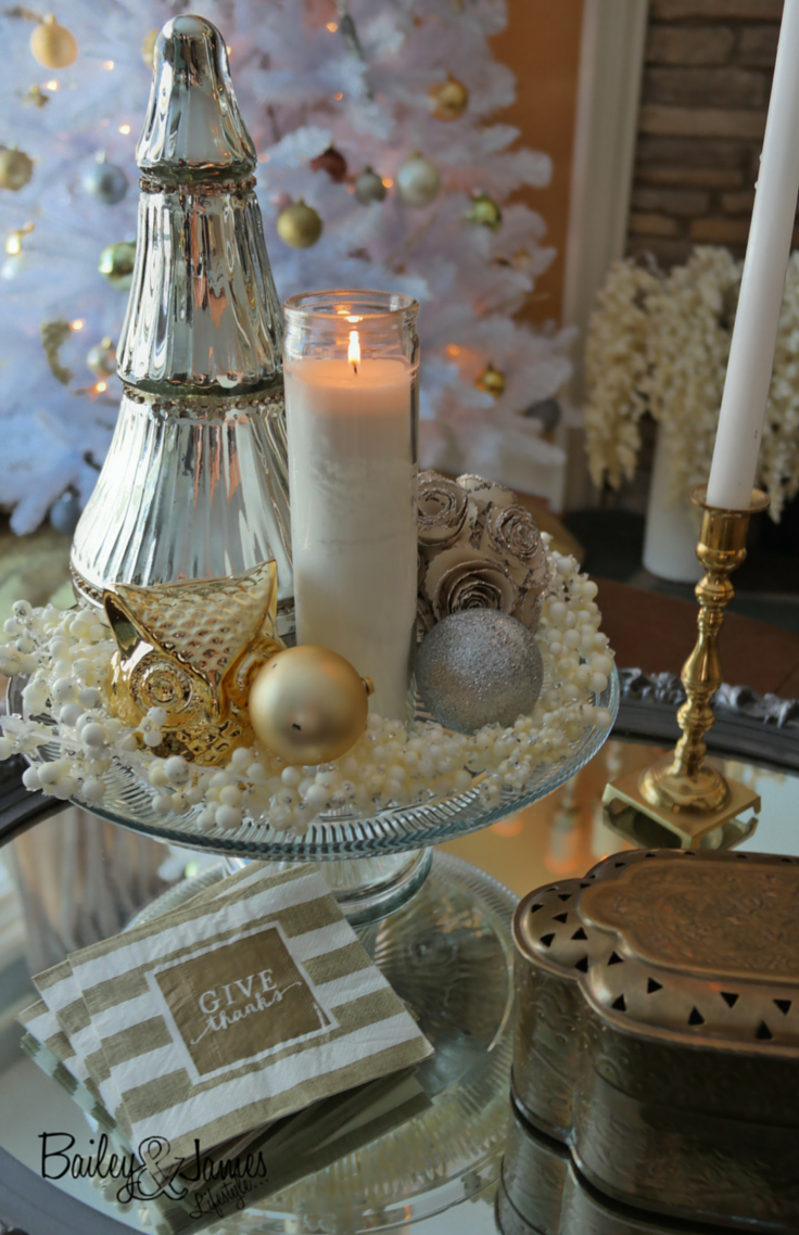 Christmas Centerpiece_BaileyandJamesBlog 1.png