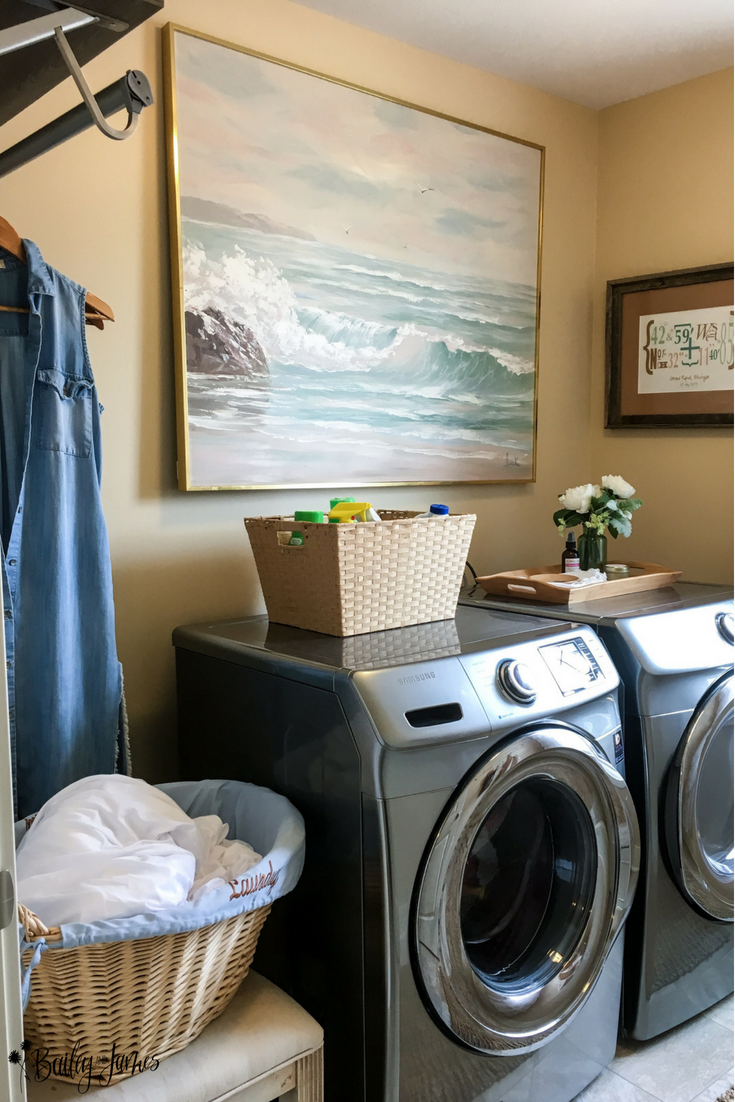 Amber's Home Tour: Laundry Room