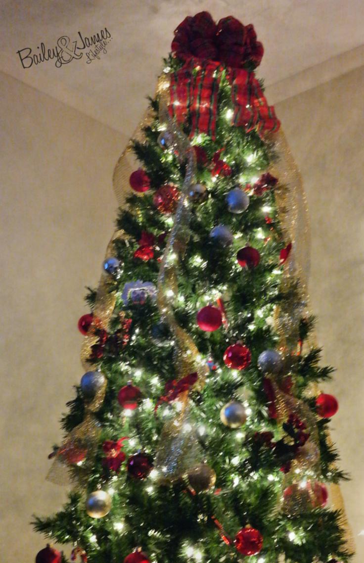 ChristmasDecor_BaileyandJamesBlog 6.png