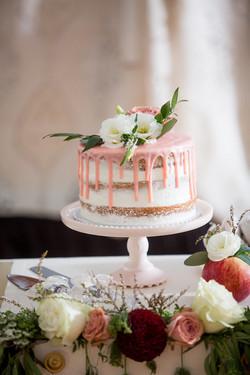 Cake and mini apple arrangements