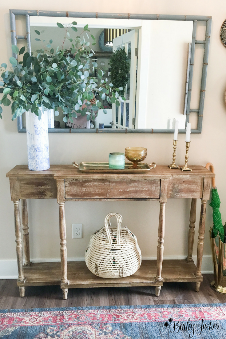 Amber's Home Tour: Entryway