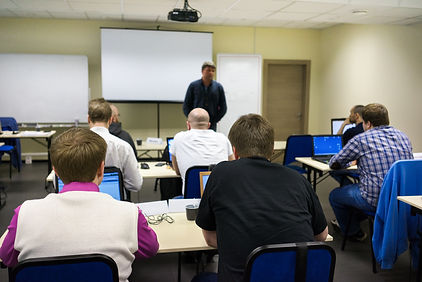 Speaker at business workshop and presentation. Audience at the conference room..jpg