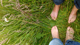 Sole Connection: grounding yourself for health