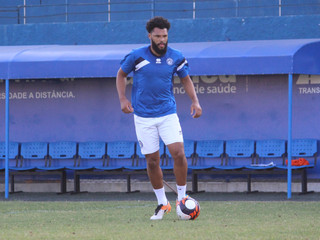 De volta do Brusque, Lucas Costa mira o título da Copa SC