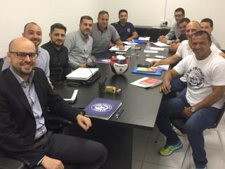 Direção e comissão técnica fazem reunião para elaborar planejamento para a temporada de 2017